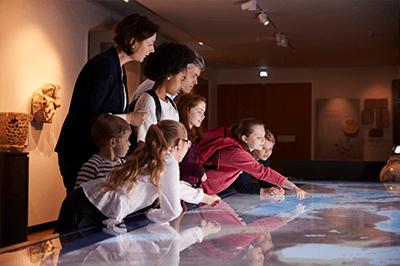 Conhecer museus da cidade - Férias com crianças em casa